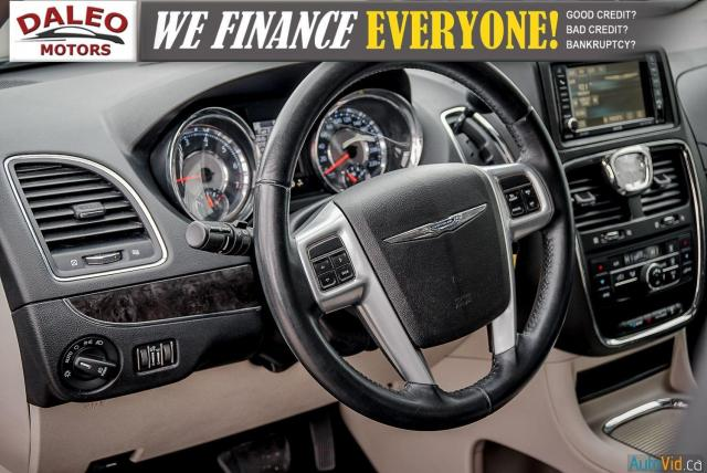 2014 Chrysler Town & Country TOURING / 7 PASSENGERS / BACK UP CAM / STOW N GO Photo17