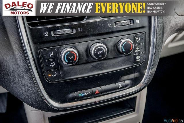 2014 Dodge Grand Caravan SE / 7 PASSENGER / WOOD TRIM Photo22