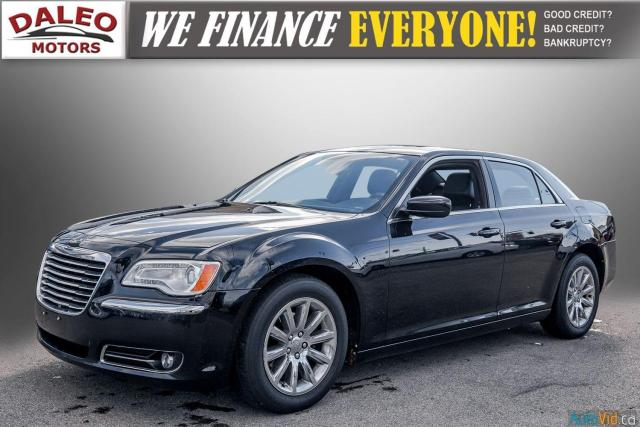 2014 Chrysler 300 LEATHER / BACK UP CAM / HEATED STEATS / PANO ROOF Photo4
