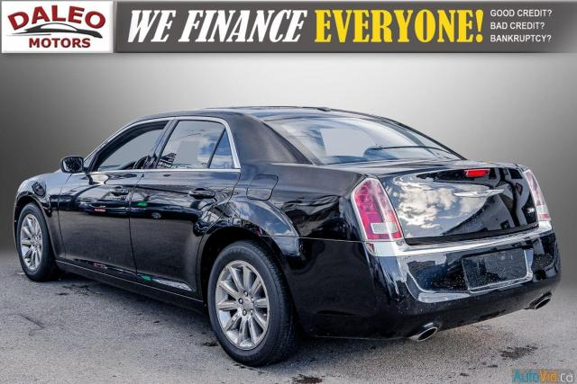 2014 Chrysler 300 LEATHER / BACK UP CAM / HEATED STEATS / PANO ROOF Photo6