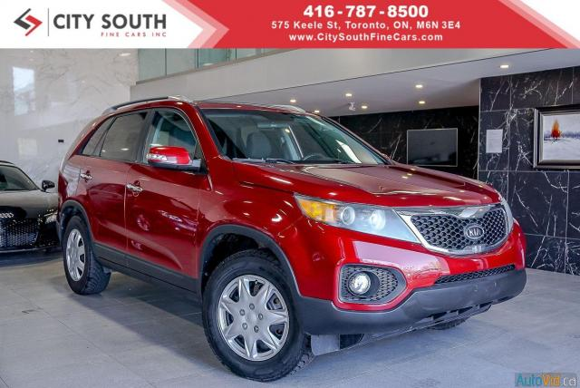 2011 Kia Sorento LX 2WD -- LOW KILOMETERS
