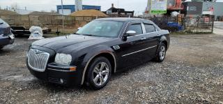 Used 2008 Chrysler 300 LIMITED GARANTIE 1 ANS for sale in Pointe-aux-Trembles, QC