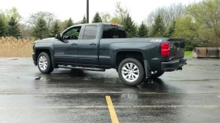 Used 2017 Chevrolet Silverado 1500 2LT DBLE CAB Z71 4WD for sale in Cayuga, ON