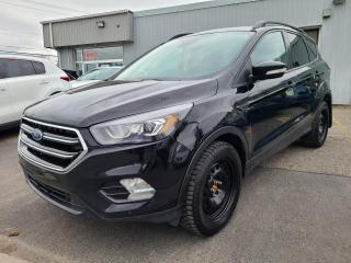 Used 2018 Ford Escape Titanium 4WD toit panoramique bluethoth for sale in Mcmasterville, QC