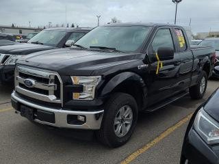 Used 2017 Ford F-150 XLT-1 OWNER OFF LEASE-4X4-TONNEAU COVER for sale in Tilbury, ON