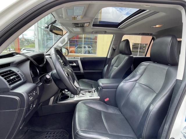 2015 Toyota 4Runner Limited  Navigation /Sunroof /Leather Photo10