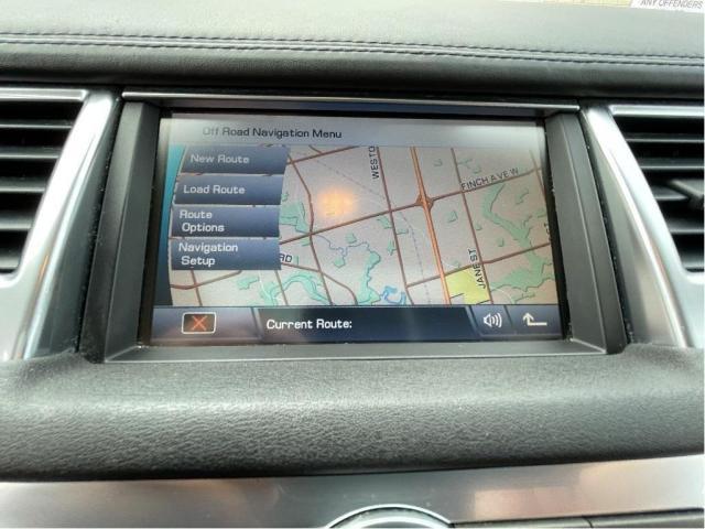 2012 Land Rover Range Rover Sport Luxury  Navigation /Sunroof /Camera Photo13