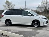 2018 Toyota Sienna Limited  AWD  Navigation /DVD /Sunroof Camera Photo25