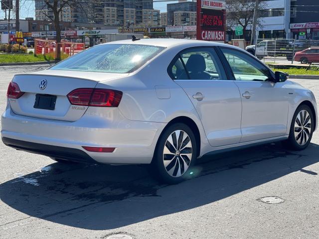 2013 Volkswagen Jetta Hybrid  Executive  Navigation /Leather /Sunroof Photo3