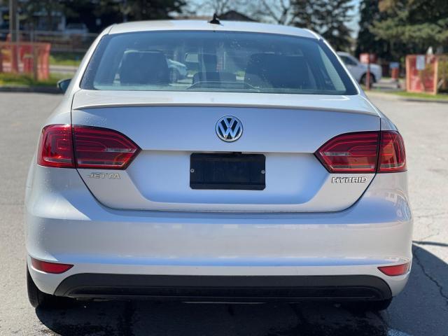 2013 Volkswagen Jetta Hybrid  Executive  Navigation /Leather /Sunroof Photo4