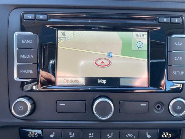 2013 Volkswagen Jetta Hybrid  Executive  Navigation /Leather /Sunroof Photo10