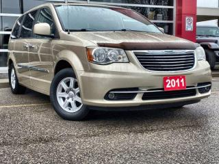 Used 2011 Chrysler Town & Country Touring / Tow Group / Remote Start ... for sale in Guelph, ON