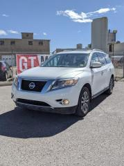 Used 2013 Nissan Pathfinder SL I AWD | $0 DOWN - EVERYONE APPROVED! for sale in Calgary, AB