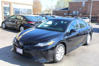 Used 2018 Toyota Camry LE Hybrid for sale in Brampton, ON