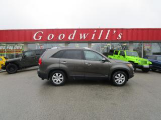 Used 2013 Kia Sorento LX! for sale in Aylmer, ON