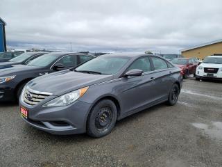 Used 2012 Hyundai Sonata GL for sale in New Liskeard, ON