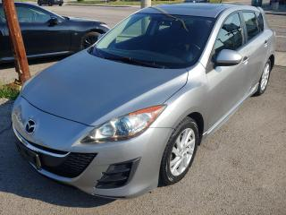 Used 2012 Mazda MAZDA3 GS SKY *Navigation/Bluetooth/Camera/Drives Great* for sale in Hamilton, ON