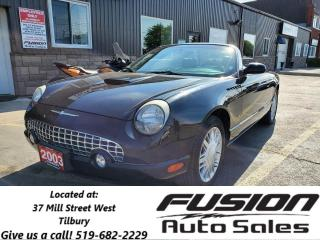 Used 2003 Ford Thunderbird V8-LEATHER-CUSTOM EXHAUST-VERY CLEAN for sale in Tilbury, ON