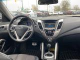 2012 Hyundai Veloster w/Tech Photo24