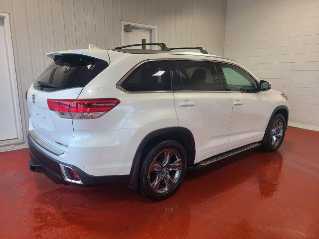 2018 Toyota Highlander LIMITED AWD Photo3