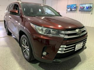 Used 2019 Toyota Highlander XLE AWD V6 #Touch Screen #Sunroof #leather for sale in Brandon, MB