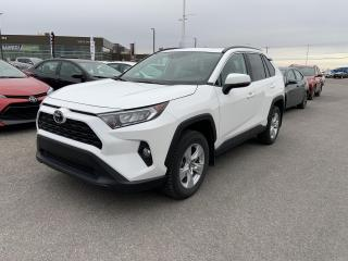 Used 2019 Toyota RAV4 * AWD XLE * TOIT OUVRANT * MAGS * BAS KILOMETRAGE for sale in Mirabel, QC
