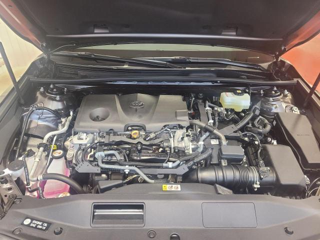 2020 Toyota Camry HYBRID SE Photo6
