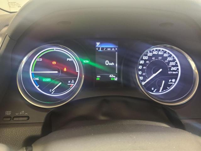 2020 Toyota Camry HYBRID SE Photo13