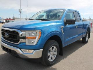 New 2021 Ford F-150 XLT | 4x4 | 300a | Hitch | 17
