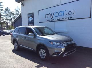 Used 2020 Mitsubishi Outlander ES 7 PASS, HEATED SEATS, BACKUP CAM, BLUETOOTH!! for sale in Richmond, ON