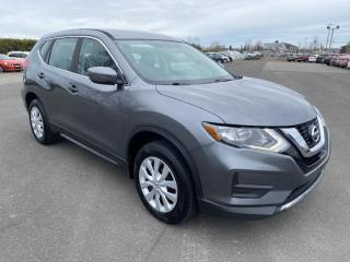 Used 2017 Nissan Rogue S AWD for sale in Pintendre, QC