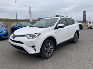 Used 2017 Toyota RAV4 Hybrid * AWD * HYBRID * MAGS * BAS KILOMETRAGE * for sale in Mirabel, QC