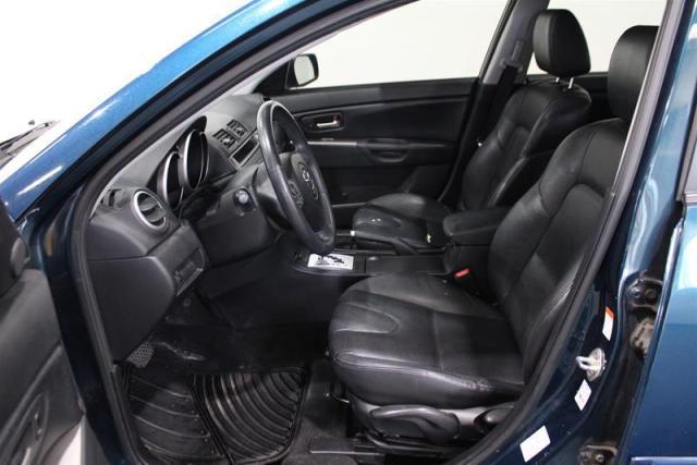 2008 Mazda MAZDA3 WE APPROVE ALL CREDIT.
