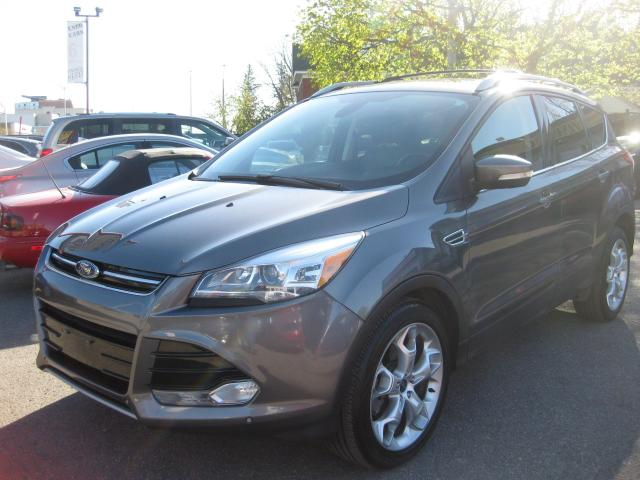 2013 Ford Escape Titanium 4WD Loaded Low Mileage 2.0L Ecoboost