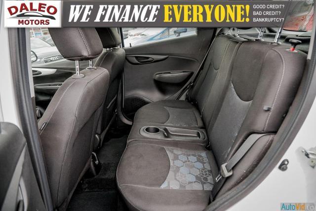 2018 Chevrolet Spark LT / BACK UP CAM / PUSH START / LOW KMS Photo12