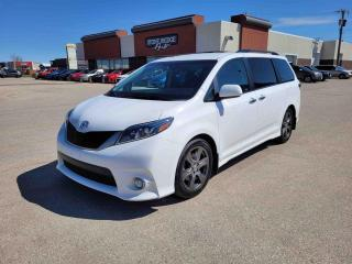 Used 2017 Toyota Sienna SE for sale in Steinbach, MB