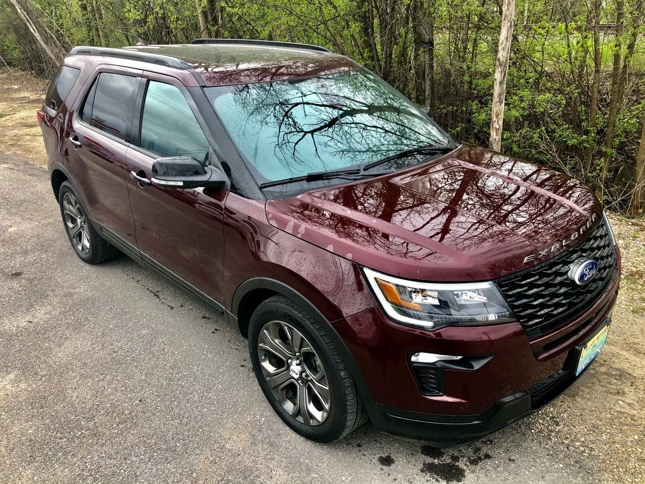 2018 Ford Explorer Sport Only  32500 km