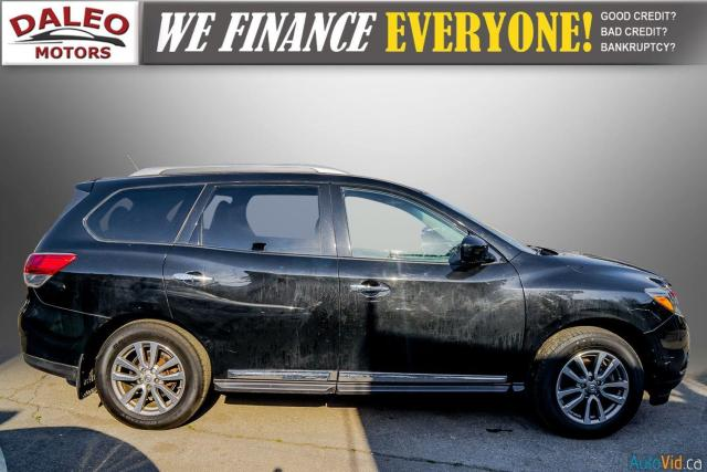 2015 Nissan Pathfinder SL / 7 PASSENGERS / LEATHER / PANO ROOF / LOW KMS Photo9
