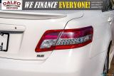 2010 Toyota Camry SE / LEATHER / MOONROOF / POWER SEATS / LOW KMS Photo36
