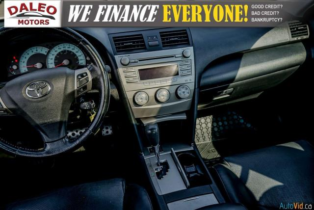 2010 Toyota Camry SE / LEATHER / MOONROOF / POWER SEATS / LOW KMS Photo15