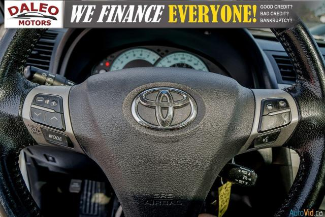 2010 Toyota Camry SE / LEATHER / MOONROOF / POWER SEATS / LOW KMS Photo19