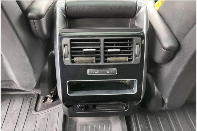 2016 Land Rover Range Rover Sport Td6 HSE Navigation /Sunroof /Camera Photo17
