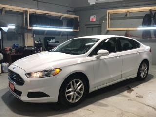 Used 2013 Ford Fusion SE * Weather Tech Floor Mats * Heated Cloth Seats * Hands Free Calling * Microsoft Sync * Power Front Seats * Memory Drivers Seat * Automatic Windows for sale in Cambridge, ON
