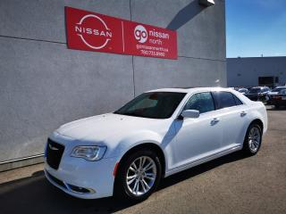 Used 2017 Chrysler 300 TOURING/SUNROOF/POWER SEATS/KEYLESS ENTRY/V6! for sale in Edmonton, AB