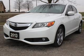 Used 2013 Acura ILX 5-Spd AT w/ Premium Package for sale in New Hamburg, ON
