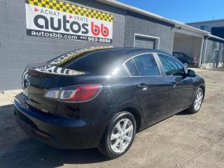 Used 2011 Mazda MAZDA3 Berline 4 portes, boîte automatique, GX for sale in Laval, QC