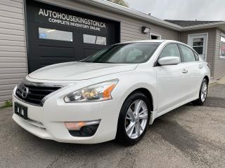 Used 2014 Nissan Altima SV - Power Sunroof - Snows on Rims Included! for sale in Kingston, ON