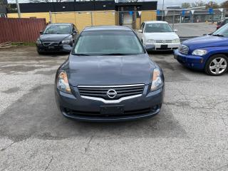 Used 2009 Nissan Altima for sale in London, ON