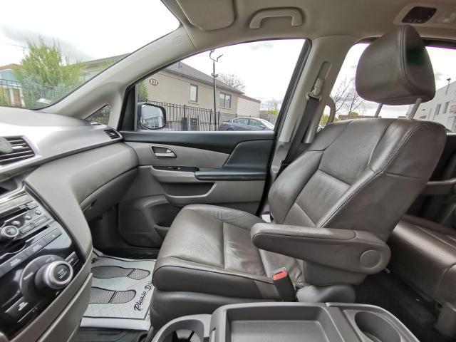 2013 Honda Odyssey EX-L Photo11