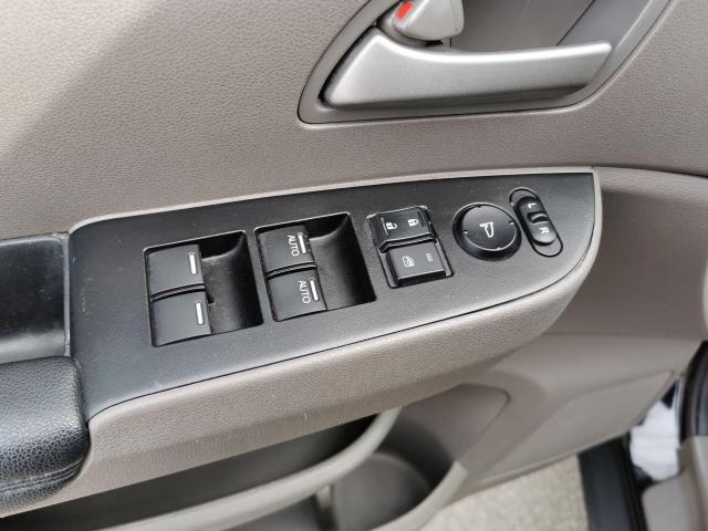 2013 Honda Odyssey EX-L Photo14